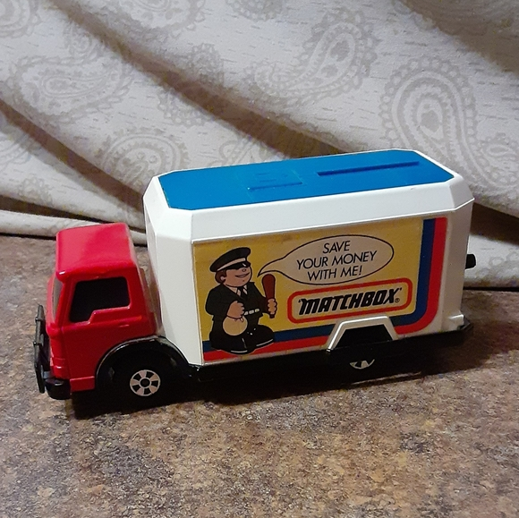 Matchbox Other - Vintage 1978 Save Your Money With Me! Matchbox Toy